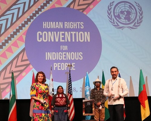 Manuel Velasco (right) president of the Court of Administrative Justice of the State of Oaxaca, and his wife Fabiola Ramirez (left), at the Human Rights Convention for Indigenous People hosted by the Church of Scientology of the Valley. Mr. Velasco works to end human rights abuses against vulnerable indigenous women and children.
