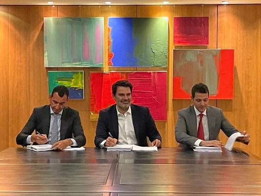 From left to right: Vortex CEO Karim Moussa, Ignis founding partner and CEO Antonio Sieira, and Bakr Abdel-Wahab, Votex CIO (PRNewsfoto/Vortex Energy)